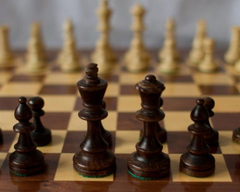 """Я тебе не розумію: юний український шахіст """"потролив"""" російського суперника"""