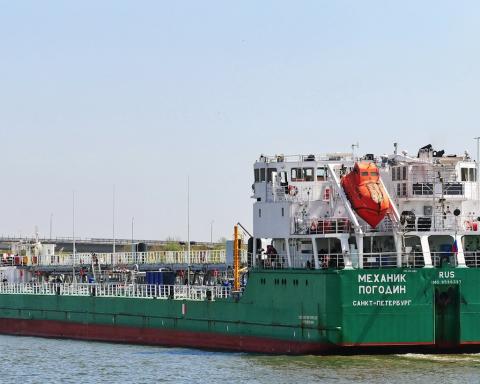 ОБСЕ посетила экипаж российского судна «Механик Погодин» в Херсоне