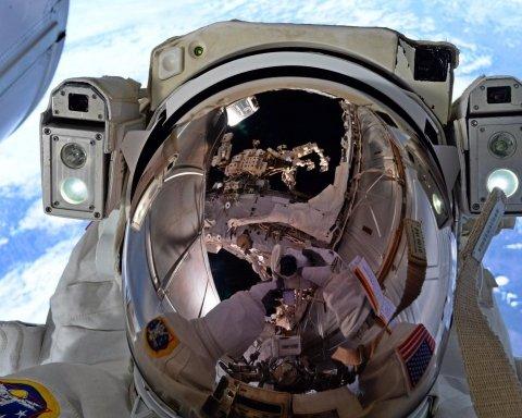 NASA позволило всем желающим сделать селфи в космосе