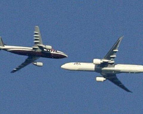 В Румынии столкнулись два самолета: есть жертвы