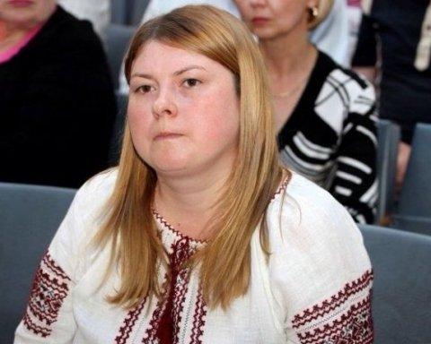 Нападение с кислотой на активистку в Херсоне: стало известно о состоянии пострадавшей