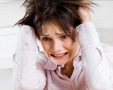 Почему болит голова: названы топ-причины