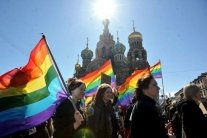 В Санкт-Петербурге прошла ЛГБТ-акция: массовые задержания