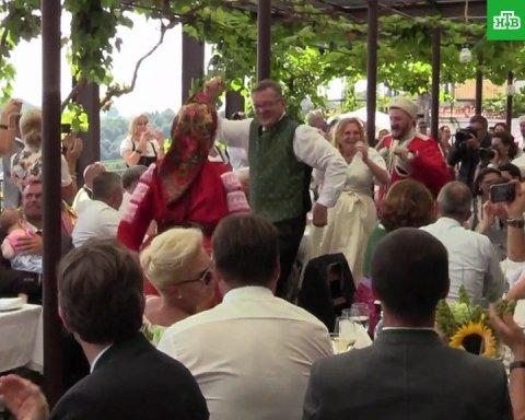 «Гості були шоковані»: козаки розповіли, як гуляли на весіллі з Путіним