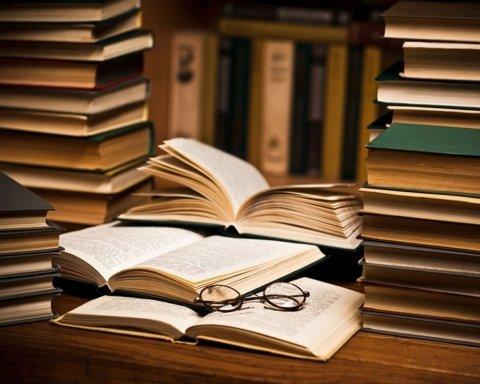 Победила болезнь: умер известный писатель  и лауреат премии «Русский Букер»