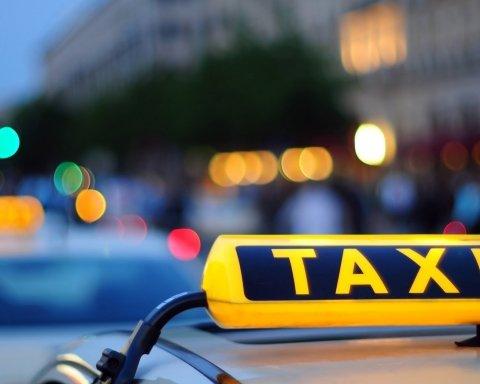 В Киеве таксист «под кайфом» отправил пассажира на тот свет
