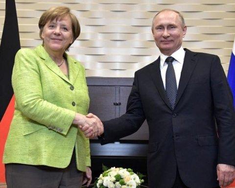 Путін та Меркель обговорили ситуацію в Україні: деталі зустрічі