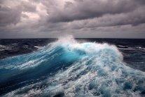 Неподалік Туреччини судно із мігрантами зазнало катастрофи: що відомо
