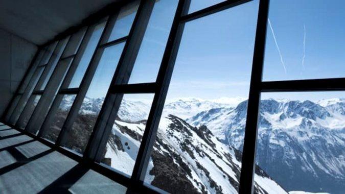 У горах Австрії з'явився музей Джеймса Бонда