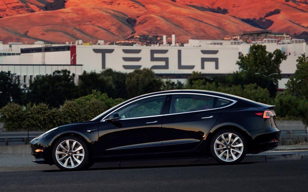 Саудовская Аравия купила акций Tesla на три миллиарда долларов