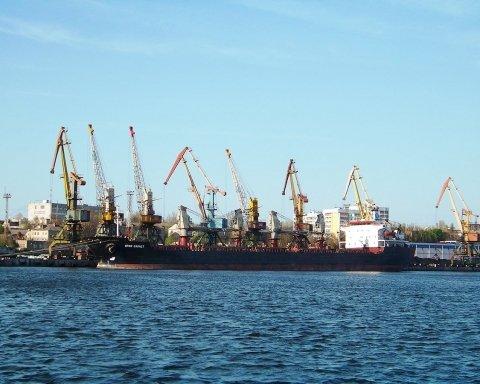 Задержание танкера «Механик Погодин»: в России отменили рейсы в Украину