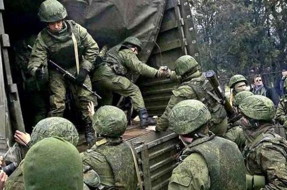 Колонны российской техники на Донбассе: Волкер прокомментировал видео ОБСЕ