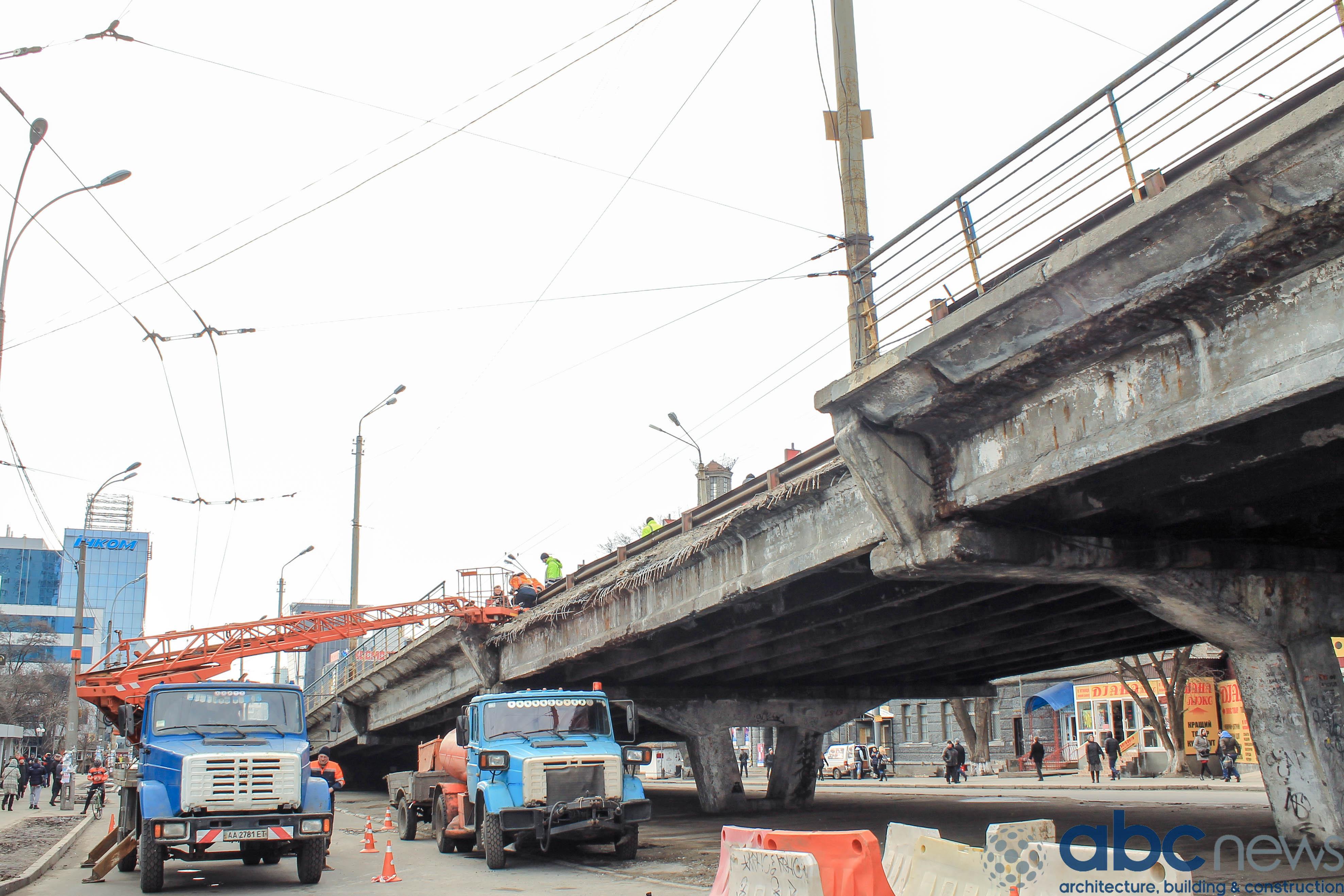 У Києві розпочинається ремонт ключової транспортної розв'язки: нова схема руху
