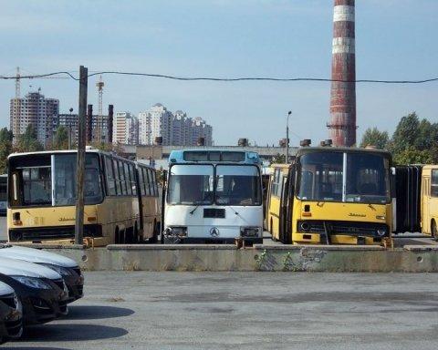 Опасность на украинских дорогах: треть автобусов не имеет права выходить на маршрут