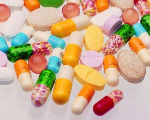 Вітаміни можуть викликати онкологію: вчені зробили заяву