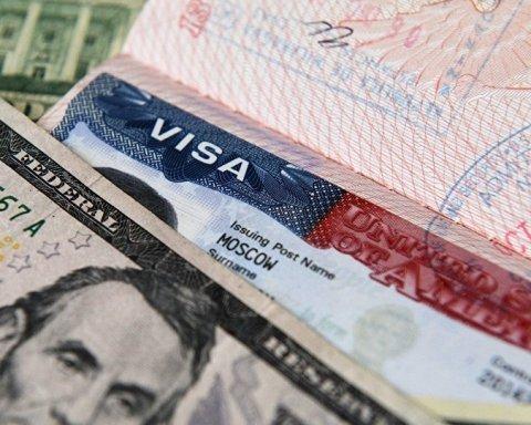 «Вже не прилетиш»: США перестали видавати візи росіянам