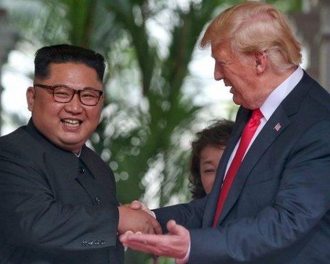 Кім Чен Ин і Трамп почали листування після зустрічі у Сінгапурі