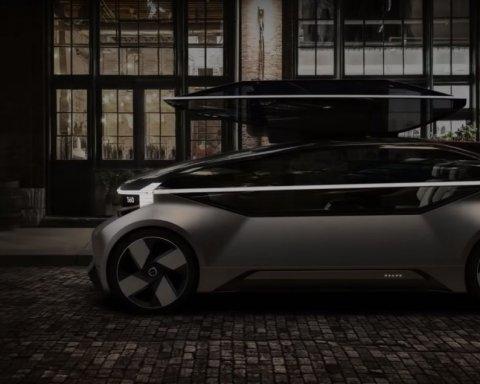 Volvo представила автомобіль-спальню без керма та педалей