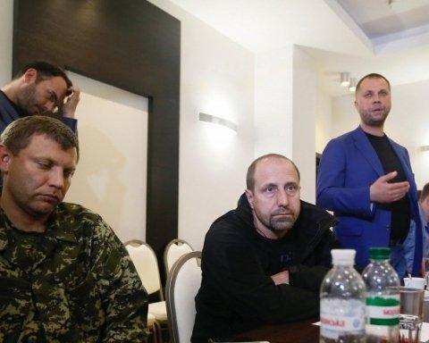 """Екс-ватажок """"ДНР"""" порахував, скільки грошей крав Захарченко"""