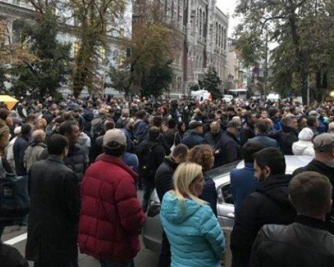 Мовчання вбиває: у Києві та Харкові проходять акції проти правоохоронців