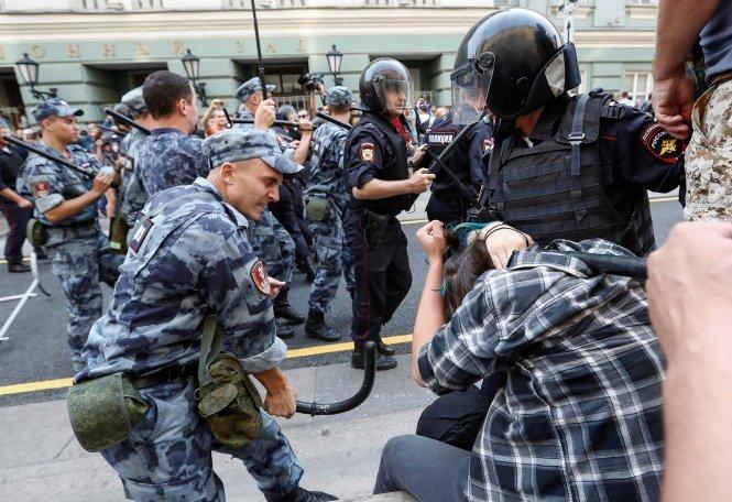 Масові протести проти пенсійної реформи Путіна: названо вражаючу кількість затриманих