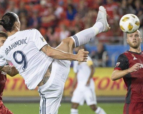 Легендарный Ибрагимович забил 500-й гол в карьере бойцовским приемом