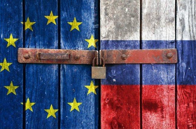 """Євросоюз завдав чергового """"удару"""" по економіці РФ, наслідки будуть серйозними"""