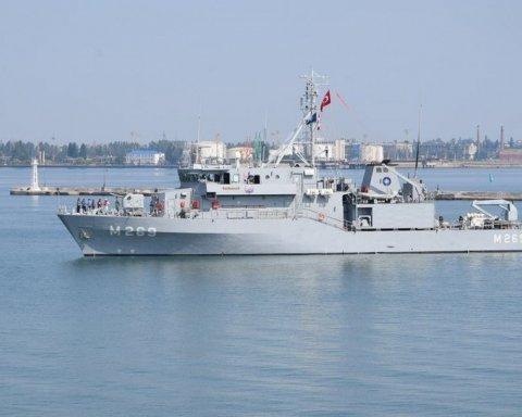 РФ готовит провокацию в Черном море: Украину предупредили о серьезных последствиях