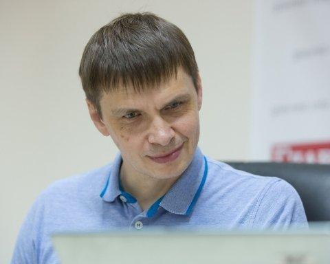 """Політолог пояснив, чим відрізняється Майдан від """"революції в РФ"""""""