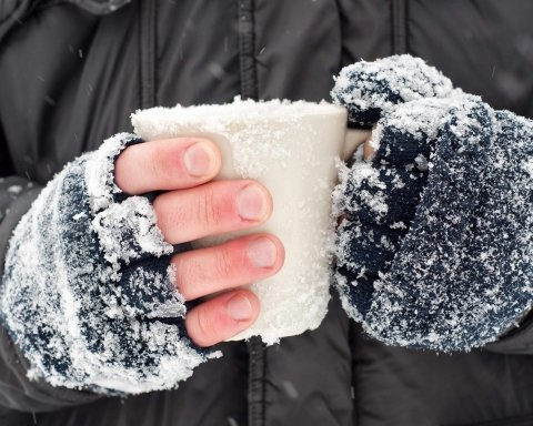 Перший пішов: у Києві насмерть замерз чоловік