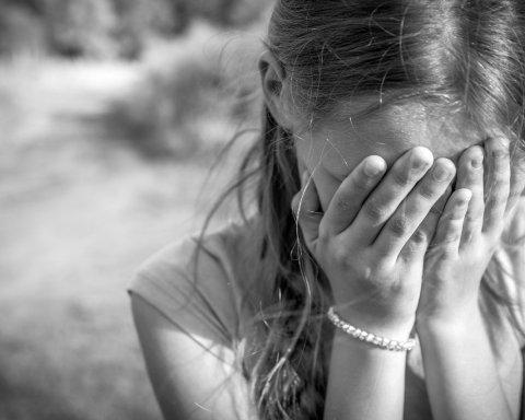 Спливли моторошні дані про насильства священиків над тисячами дітей