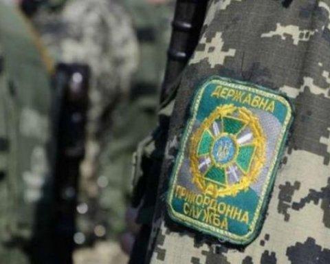 Українка таємно перевозила з Росії 49 iPhone під спідницею