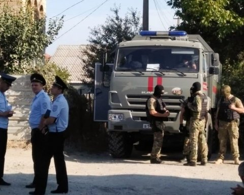 Правозащитники рассказали, чем Россия запугала жителей Крыма