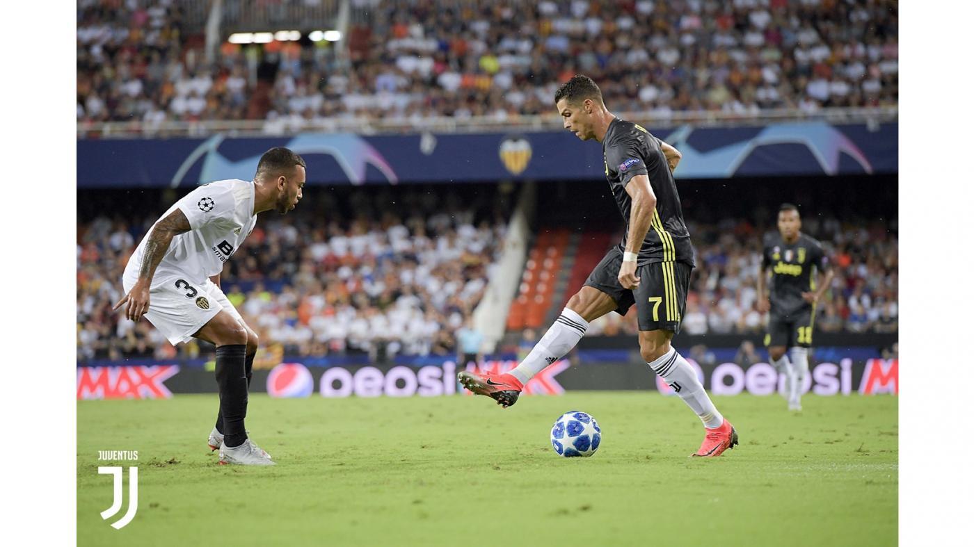 Роналду заплакал после удаления в матче Лиги чемпионов опубликовано видео