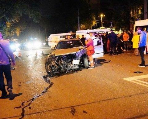 Кривава ДТП в Одесі: правоохоронці розповіли про долю водія BMW