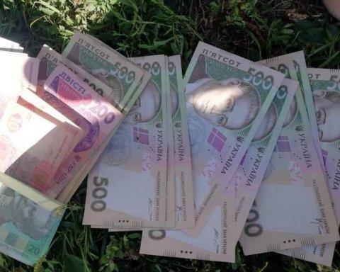 В Киеве задержали двух злых и агрессивных грабителей: фото