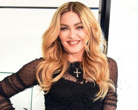 Мадонна ошеломила откровенным поведением на Лондонской неделе моды