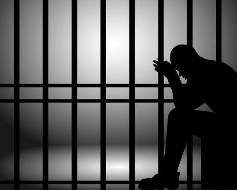 Екс-радника Трампа кинули за ґрати