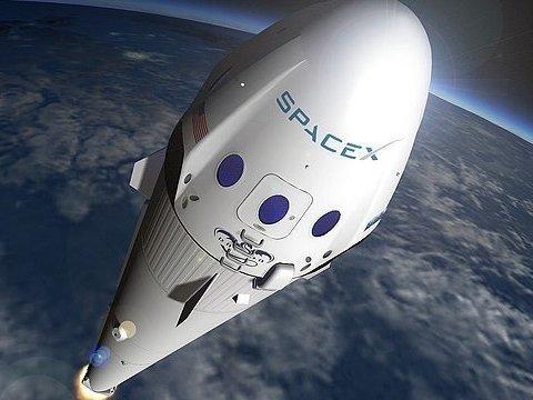 У SpaceX обрали людину, яка полетить на Місяць