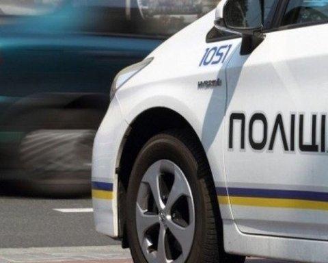Нападение на инкассаторов в Одессе: появилось видео момента