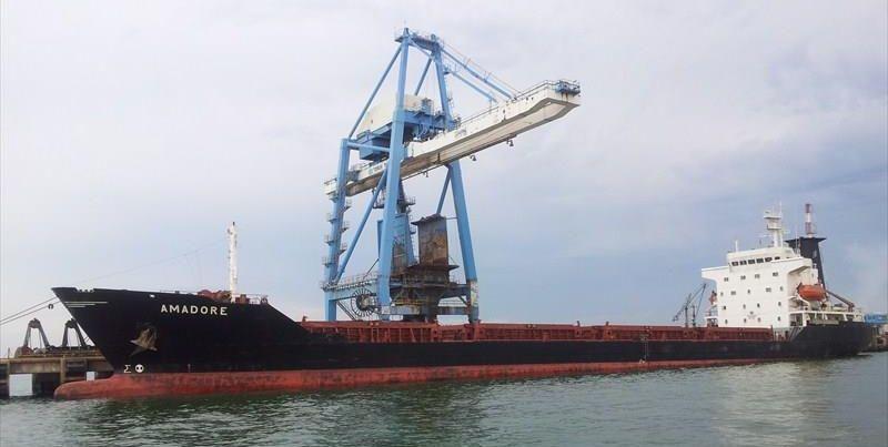 Российские силовики задержали украинское судно в Азовском море