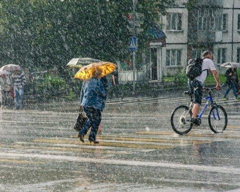 Все залежить від циклону: синоптик дала свіжий прогноз погоди для України