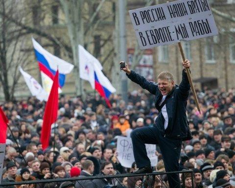 Как оккупанты замылили глаза крымчанам: показательные кадры