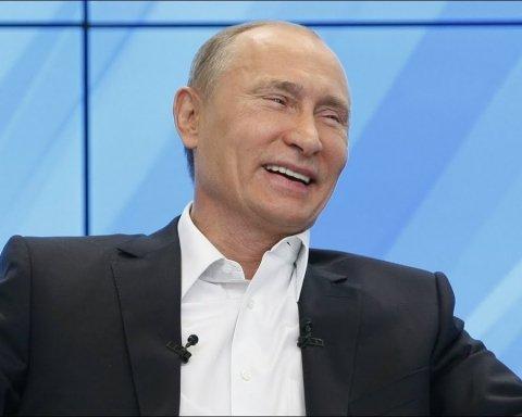 В России остроумно высмеяли войну, которую ведет Путин