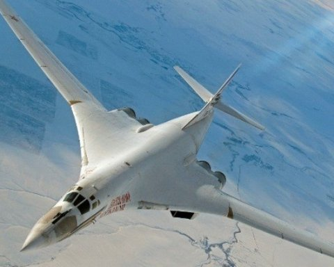 Российские истребители перехватили в небе над Европой
