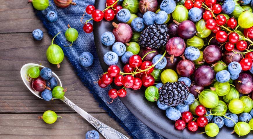 Названы сезонные продукты, из-за которых можно сильно набрать вес
