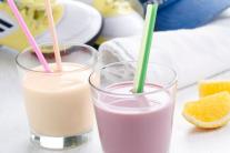 Більше не корисні: медики виступили проти йогуртів