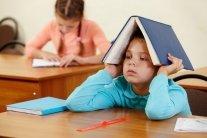 Детей силой заставляют учить русский язык в столичной школе, разгорается скандал