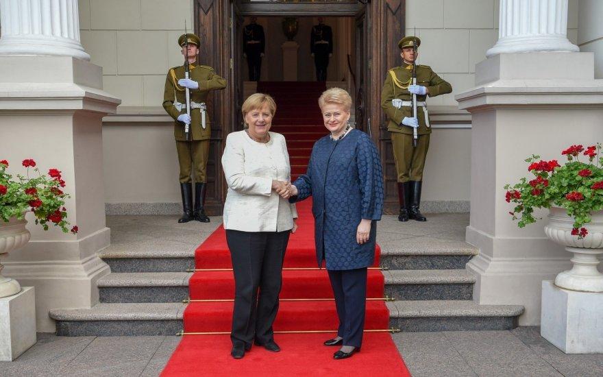 Меркель звинуватила Кремль у війнах на пострадянських територіях