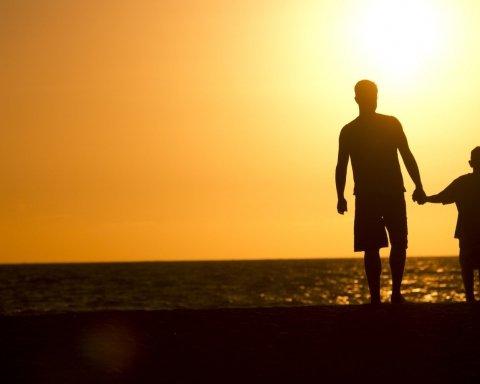 Невероятная история: близкие друзья оказались отцом и сыном